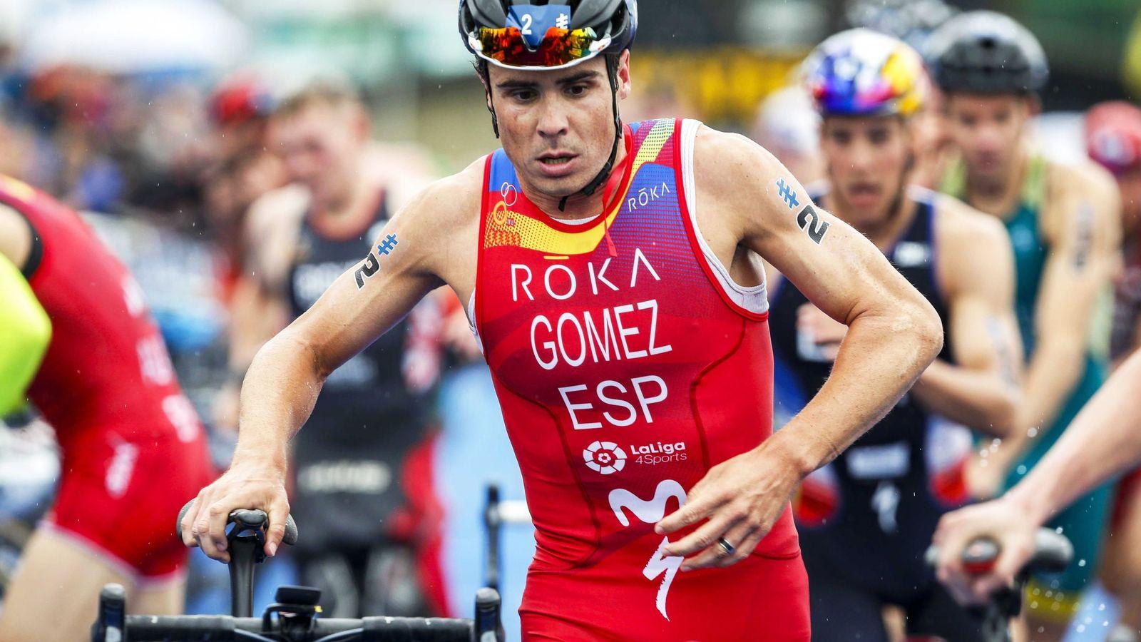 Foto: El triatleta español, Javier Gómez Noya, durante una prueba de alta competición. (Efe)