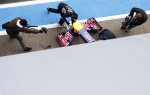 Otro revés para Red Bull mientras  los Ferrari y Mercedes... ruedan