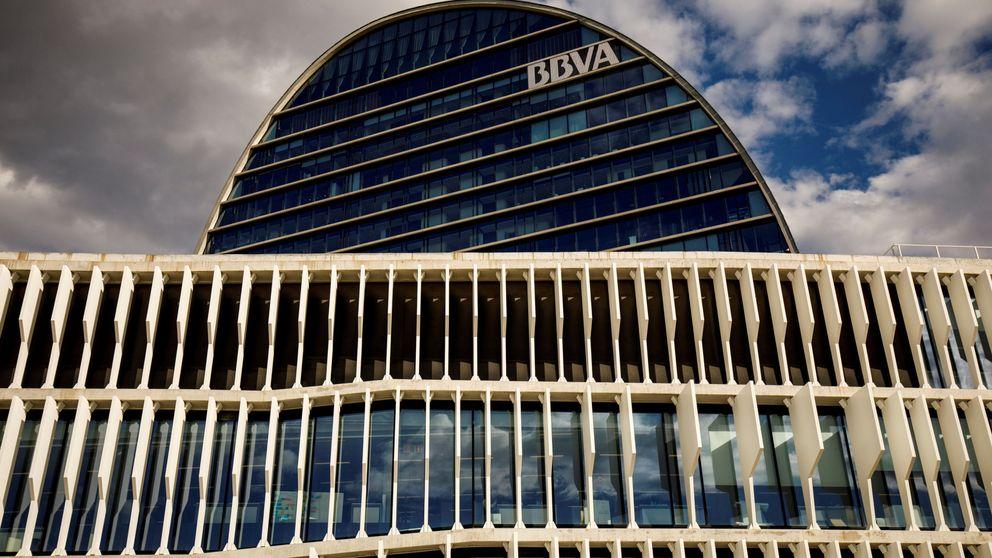 Los analistas de BBVA recortan expectativas del margen de intereses de la banca