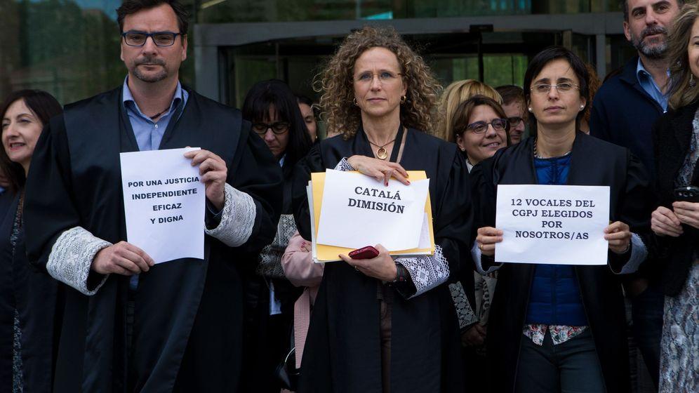 Foto: Jueces y fiscales paran una hora en la Ciutat de la Justicia de L'Hospitalet de Llobregat. (EFE)