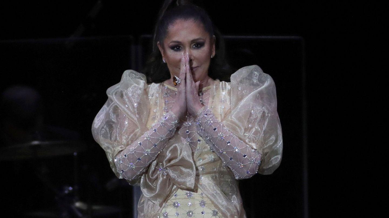 Isabel Pantoja, durante un concierto. (EFE)