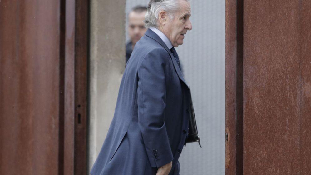 Foto: El expresidente de Caja Madrid Miguel Blesa llega a la Audiencia Nacional. (Efe)