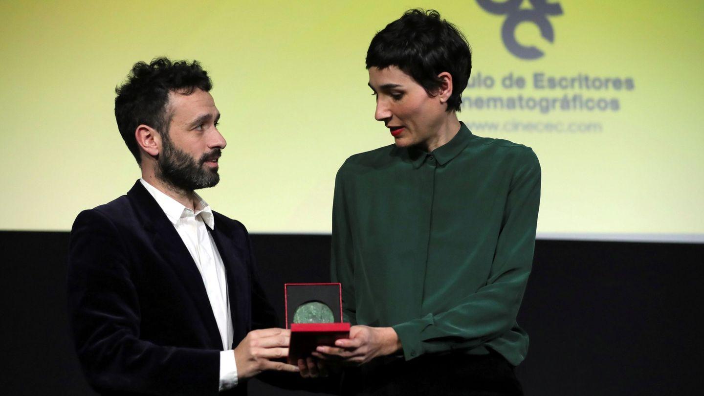 Rodrigo Sorogoyen e Isabel Peña recogieron el lunes la Medalla CEC a mejor guion original. (EFE)