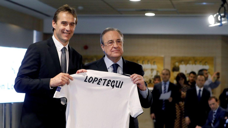 Julen Lopetegui y Florentino Pérez, en la presentación del técnico guipuzcoano. (EFE)