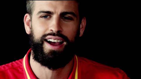 Hasta Piqué se anima a cantar el himno de España para la Eurocopa