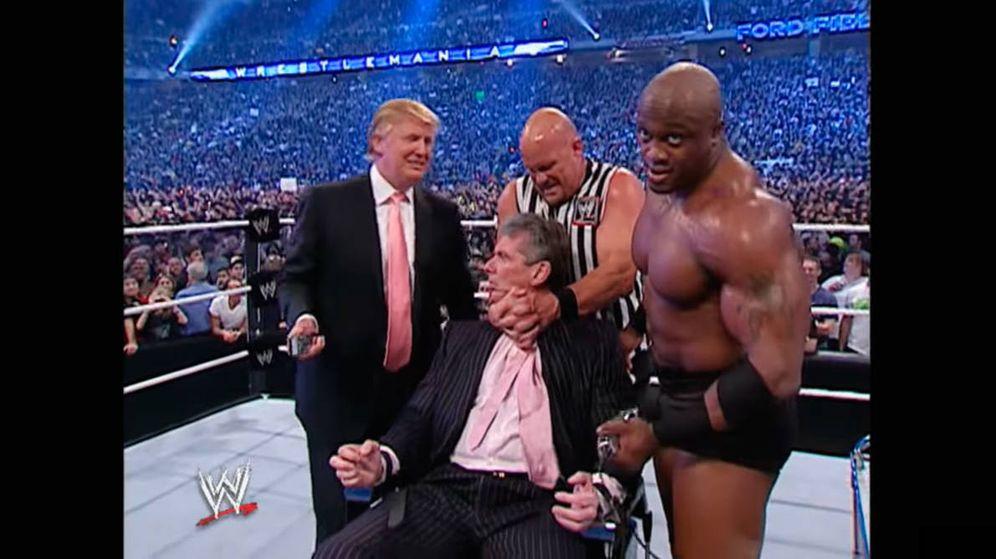 Foto: Trump ganó a McMahon la llamada pelea de los 'billonarios' en el año 2007 (Foto: YouTube)