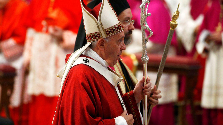 El Gobierno eleva una queja al Vaticano por la injerencia del nuncio sobre Franco