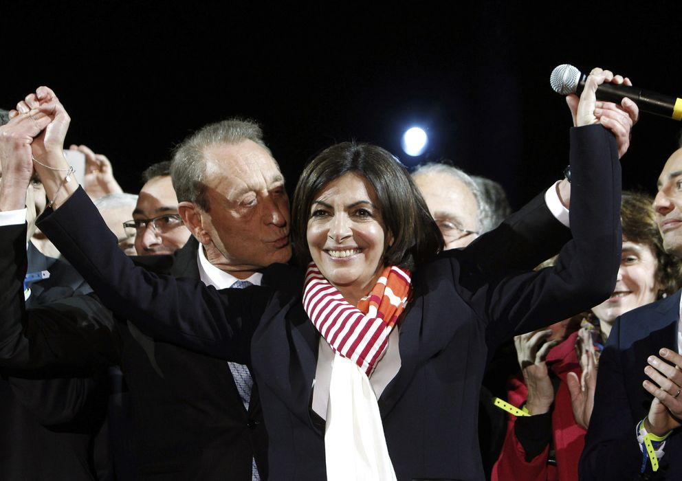 Foto: La socialista Anne Hidalgo tras alzarse como nueva alcaldesa de París (Gtres)