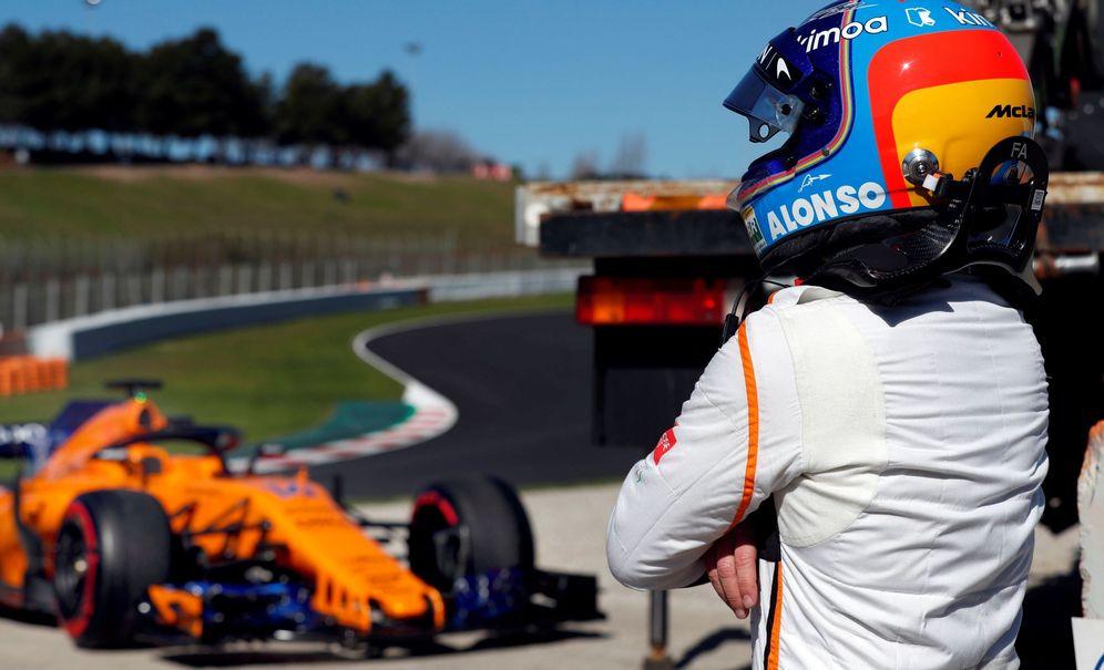 Foto: Fernando Alonso, después de romper de nuevo con su Mclaren. (EFE)