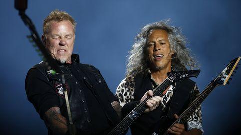 Metallica gana el Nobel de la música y familias chilenas exigen el matrimonio gay en Chile: el día en fotos