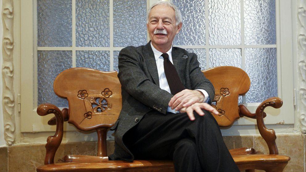 Eduardo Mendoza, el escritor de los prodigios, gana el premio Cervantes
