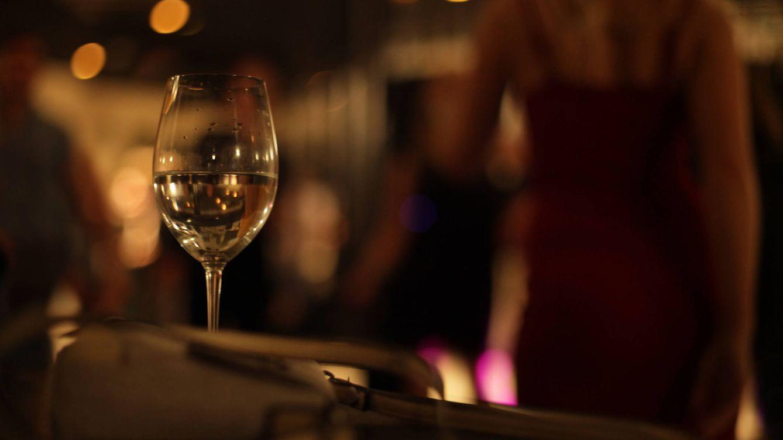 ¿Quieres entrar en las fiestas sexuales más exclusivas? Es muy fácil