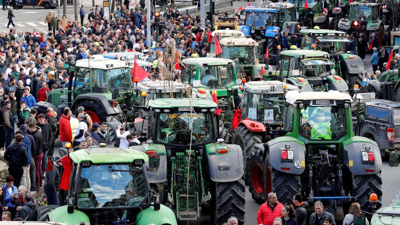 Foto: Protestas de agricultores en Pamplona. (EFE)