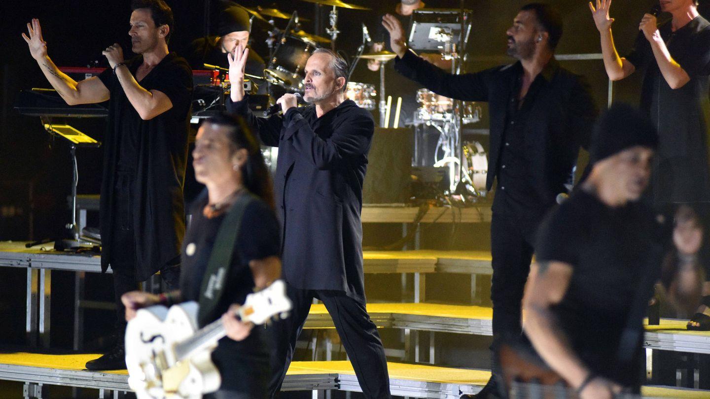 Miguel Bosé durante su concierto en Starlite de Marbella. (Gtres)