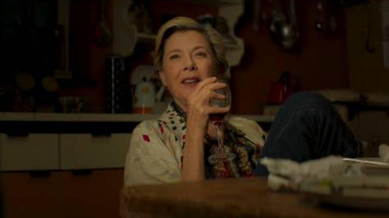 Annette Bening en otro momento de la película. (A Contracorriente)
