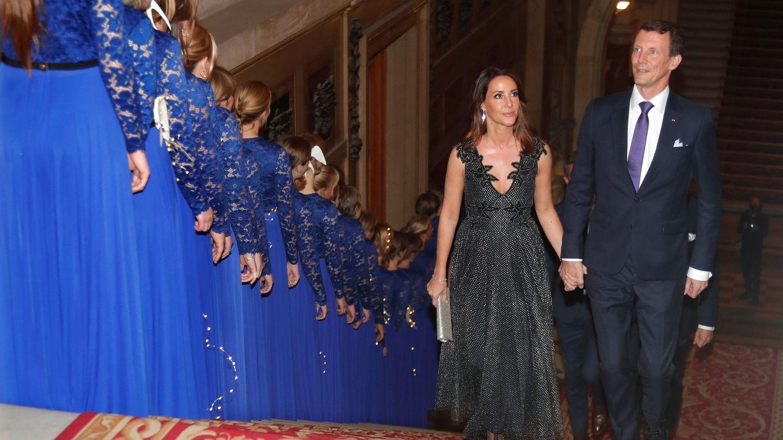 Joaquín y Marie, en un acto en París. (Reuters)