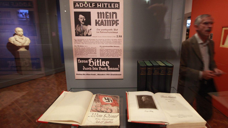 Foto: Ejemplares de 'Mein Kampf' en una exposición en el Museo Histórico de Alemania, en octubre de 2010. (Reuters)