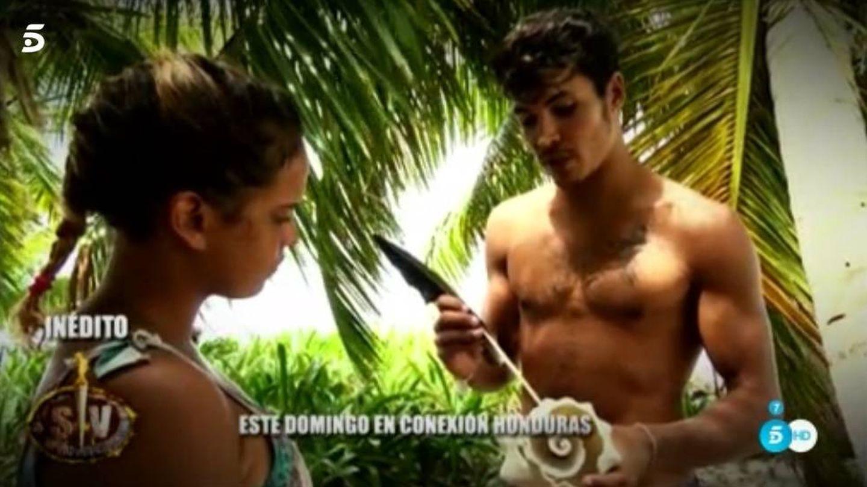 Kiko Jiménez y Gloria Camila en 'Supervivientes'.