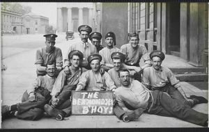 La primera fotoperiodista en enviar postales de la Gran Guerra