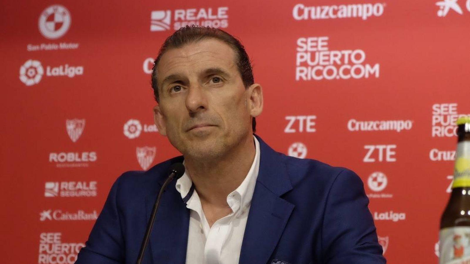 Foto: Óscar Arias, durante su presentación como nuevo director deportivo del Sevilla. (FOTO: www.sevillafc.es)