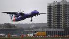 El Gobierno británico acuerda evitar el colapso de aerolínea regional Flybe