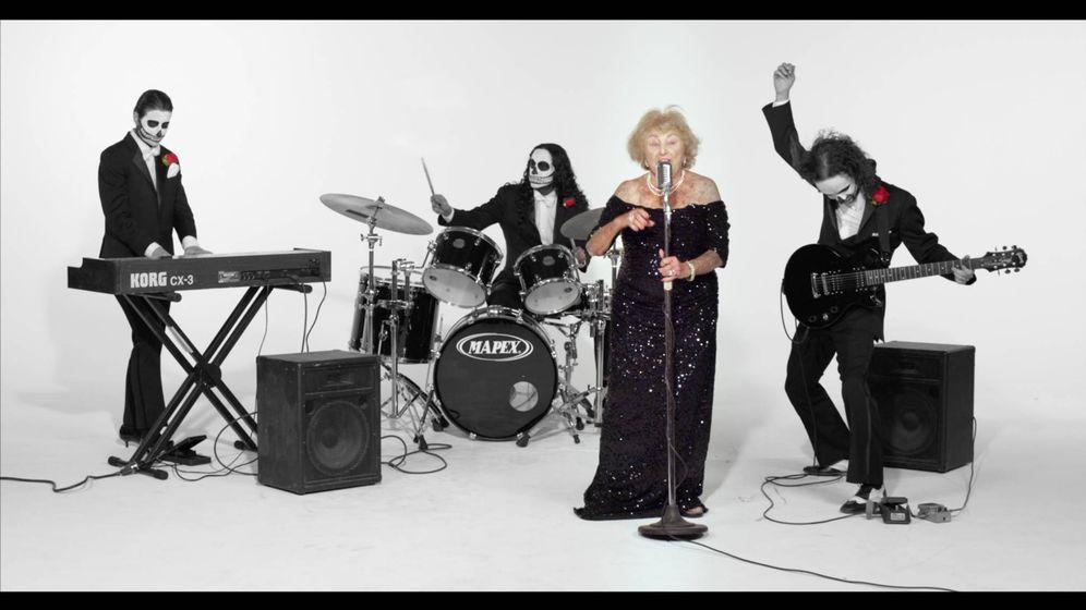 Foto: Inge y los Reyes Trotones, la banda de death metal (Foto: Facebook)