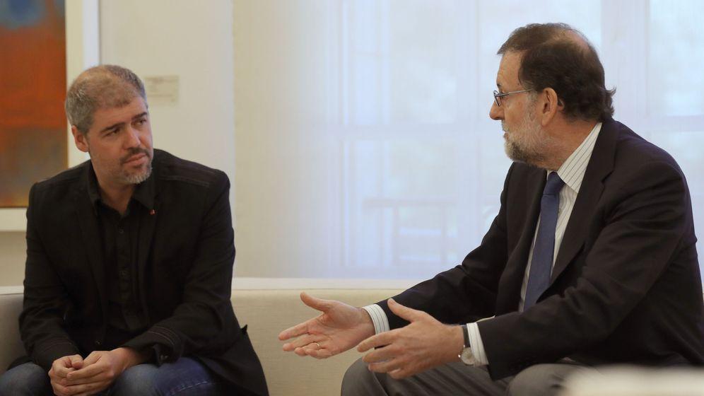 Foto: El presidente del Gobierno, Mariano Rajoy, en una reunión en Moncloa con Unai Sordo, secretario general de CCOO.