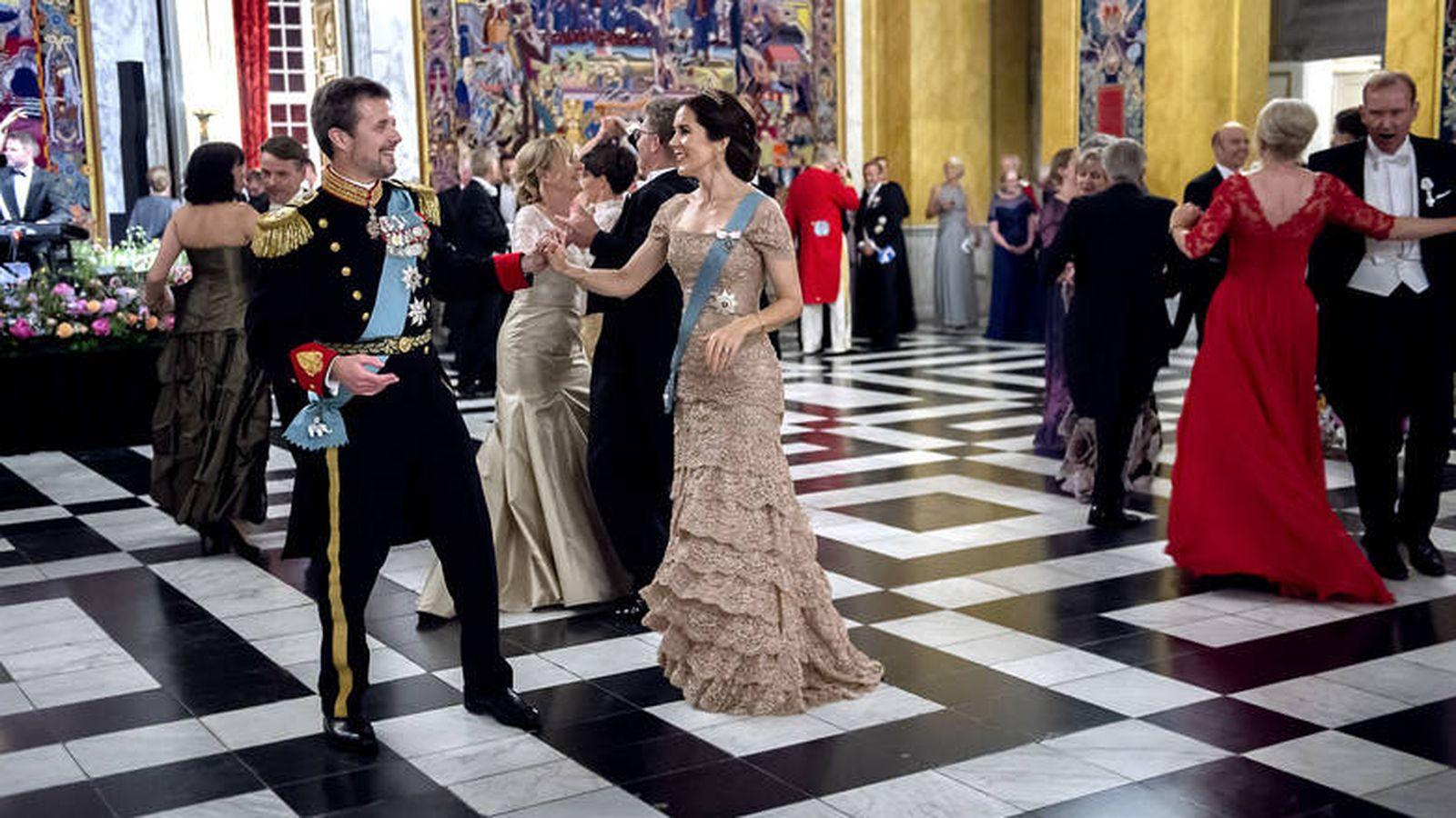 Foto: Federico y Mary, en pleno baile. (Keld Navntoft / Casa real danesa)