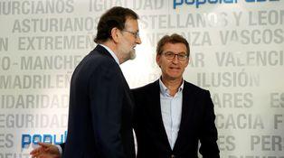 Feijóo suma fuerzas entre los barones del PP para plantar cara a Rajoy