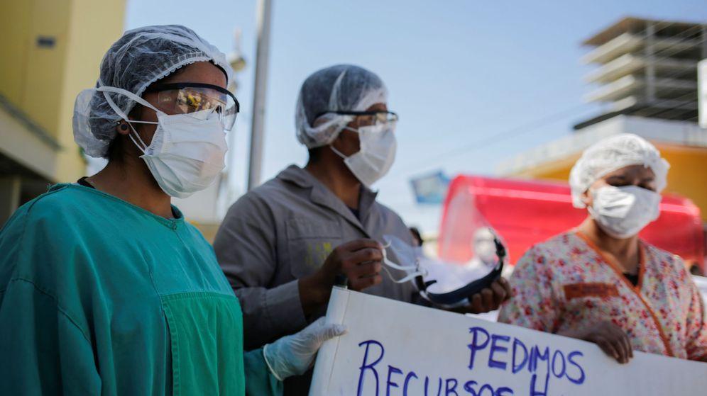 Foto: Sanitarios en un hospital de La Paz, Bolivia. (Reuters)