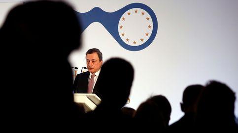 Guiño de Draghi a la banca: estudiará mitigar los efectos de los tipos negativos