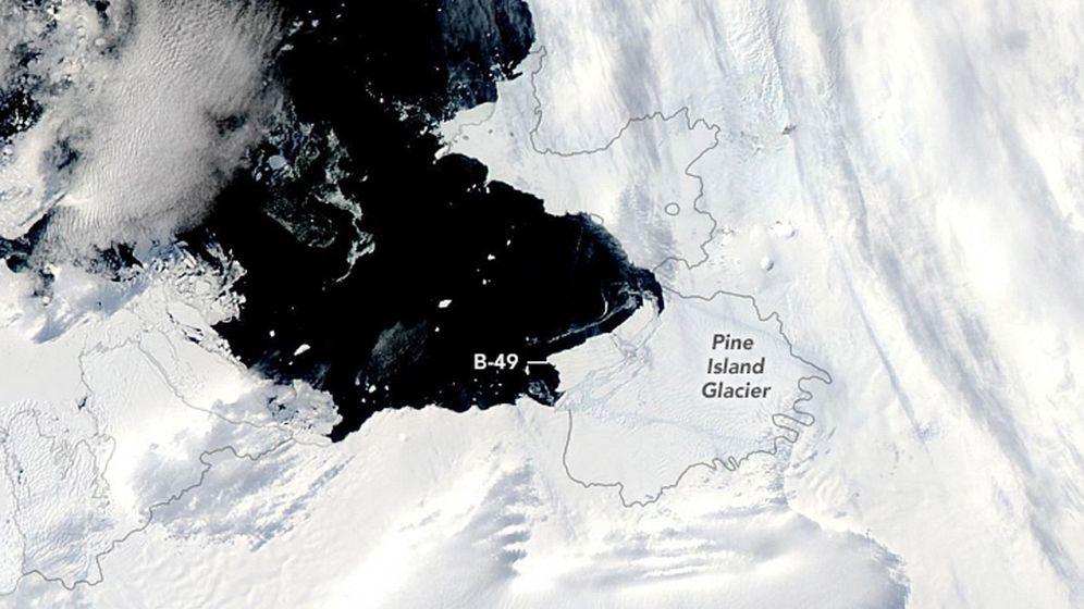 Foto: El iceberg, mientras que se despega del glaciar Pine Island. Foto: EFE EPA NASA