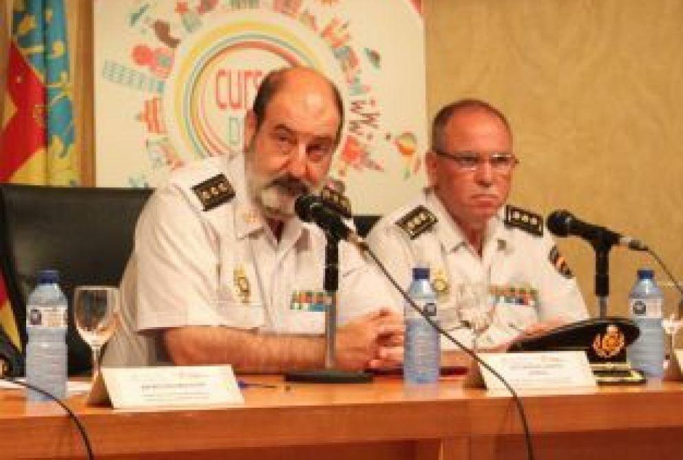 A la izquierda, José Santiago Sánchez Aparicio.