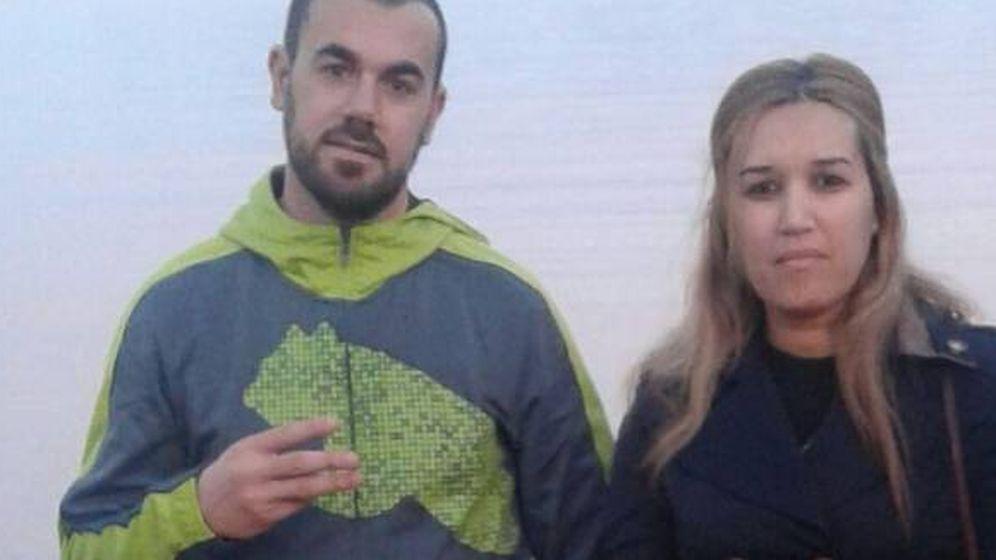 Foto: Nasser Zefzafi, el líder rifeño encarcelado desde el lunes, y Nawal Benaissa.