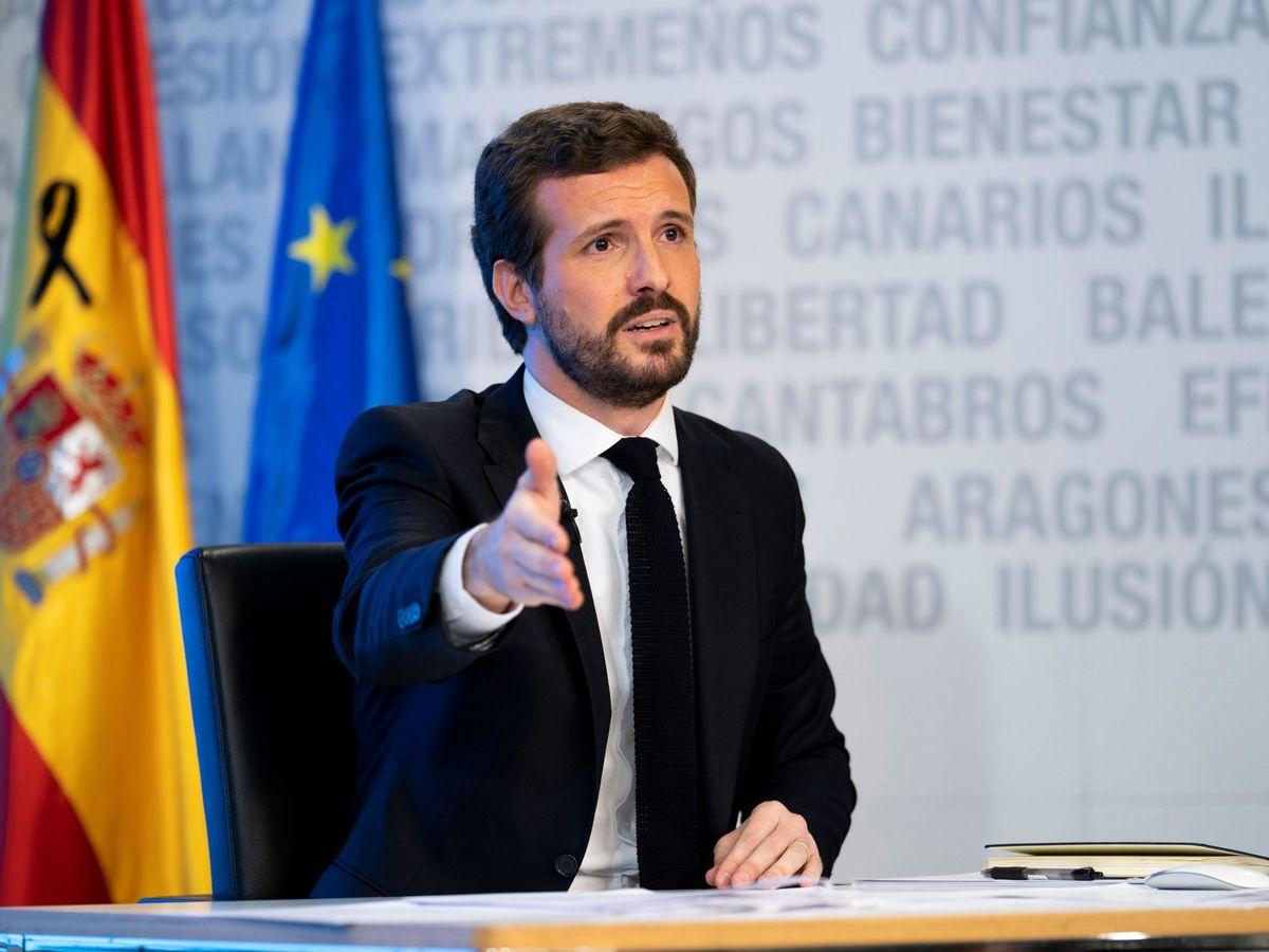Foto: Fotografía facilitada por el PP de su presidente, Pablo Casado, durante una rueda de prensa telemática. (EFE)