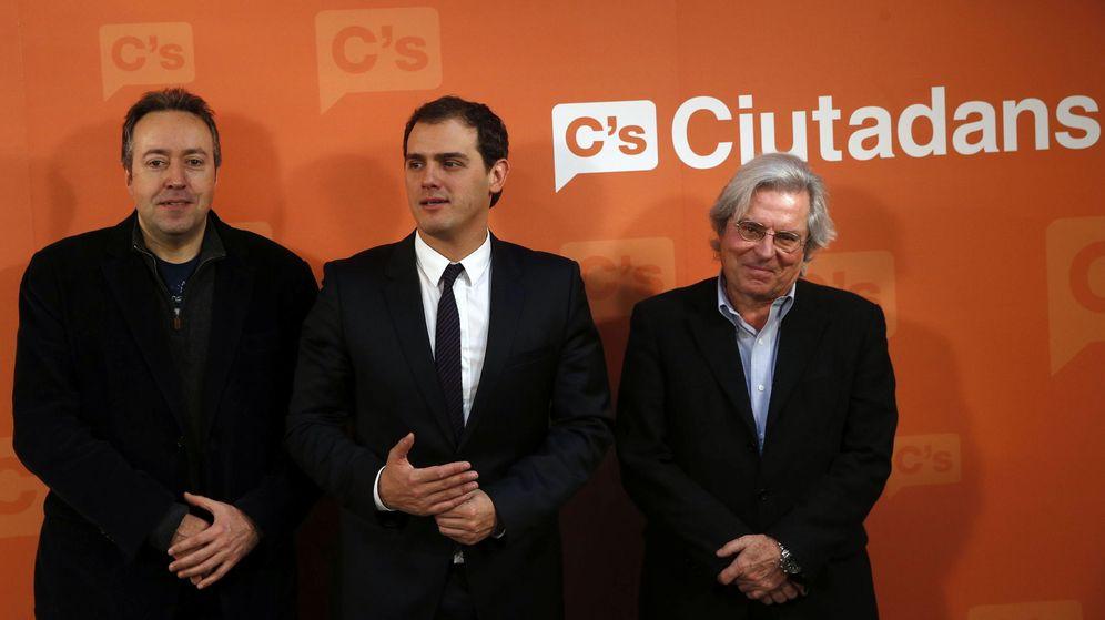 Foto: Albert Rivera, junto al eurodiputado Javier Nart. (EFE)