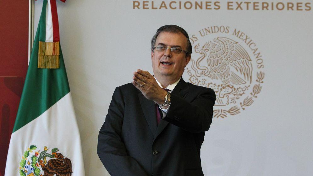 Foto: El secretario de Relaciones Exteriores de México, Marcelo Ebrard, habla este domingo durante una rueda prensa en Ciudad de México (México). (EFE)