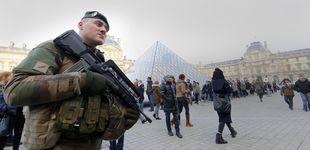 Post de Un soldado francés dispara a un hombre que intentó acuchillarle en el Louvre