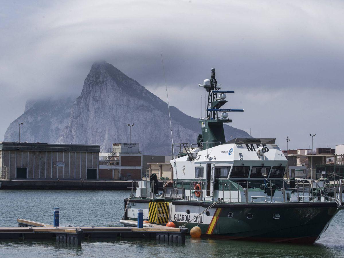 Foto: Barco de la Guardia Civil.