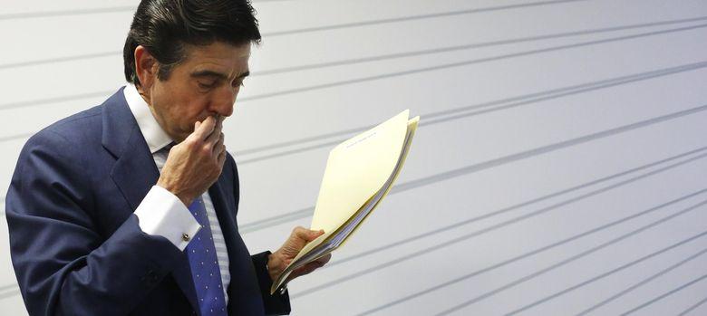 Foto: El presidente de Sacyr, Manuel Manrique, ayer durante la rueda de prensa. (Reuters)