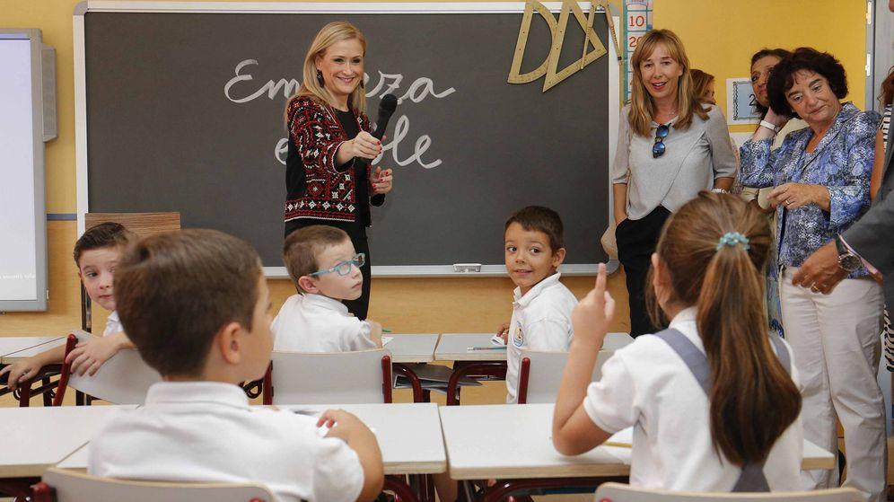 Foto: Cristina Cifuentes, inaugurando el pasado curso escolar.