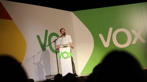 Vox abarrota Vistalegre con 10.000 banderas nacionales: Bienvenidos a la resistencia