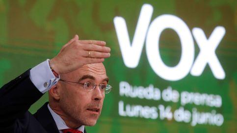 Vox exige a Casado que pruebe su giro a la derecha derogando leyes donde ya gobierna