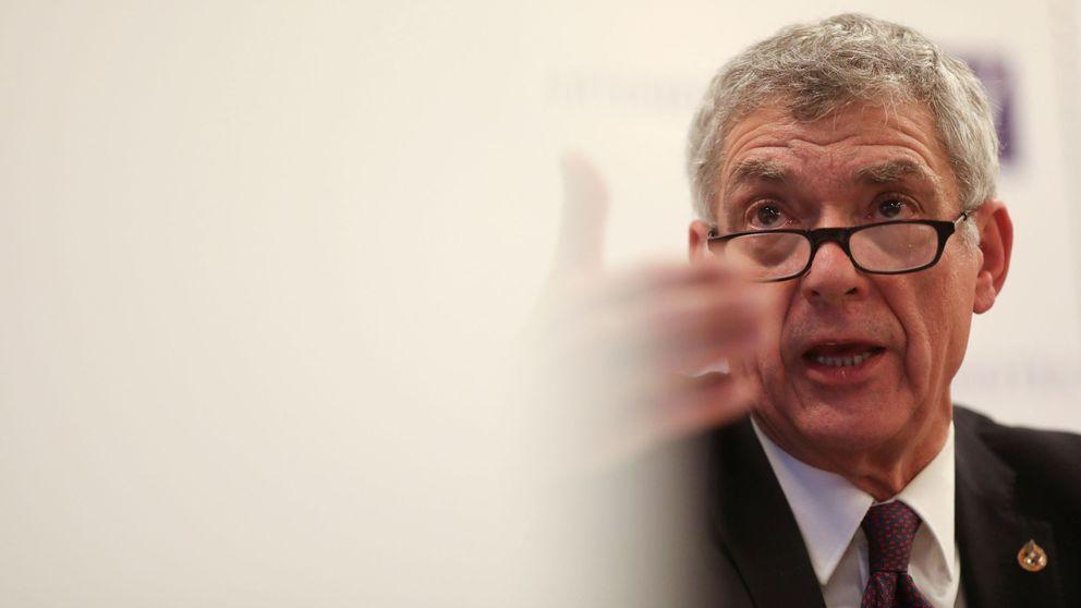 El TAD decide destituir a Villar como presidente de la Federación