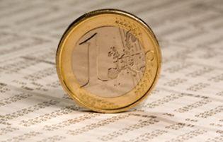 Foto: El euro retrocede por la persistencia de las dudas sobre Europa