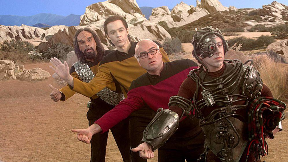 Foto: Los personajes protagonistas de 'The Big Bang Theory' de camino a una convención de ciencia ficción
