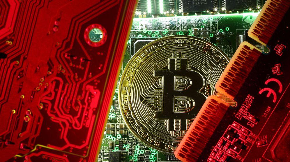 Foto: Piden exhumar al dueño de una empresa de Bitcoins al creer que se inventó su muerte. (Reuters)
