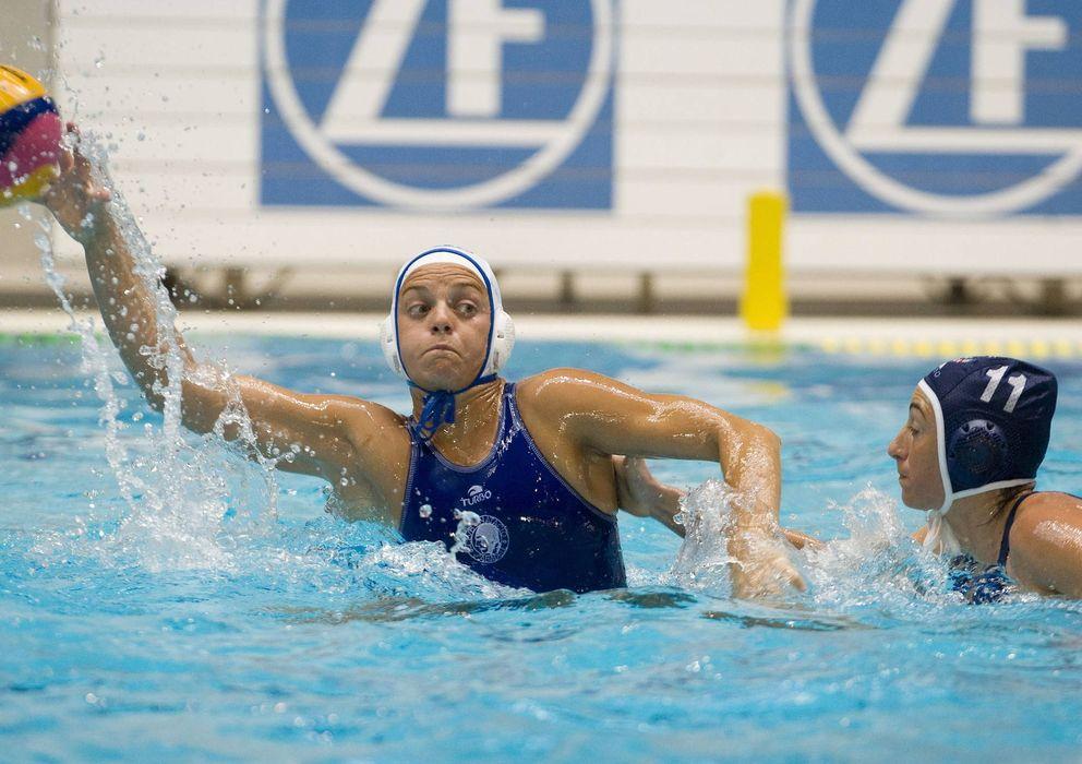 El mejor waterpolo femenino del mundo se juega en una for Piscina sabadell