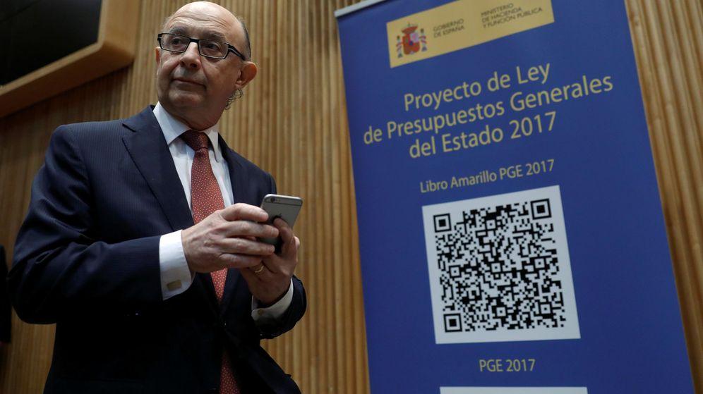 Foto: Cristóbal Montoro presenta los presupuestos. (Reuters)