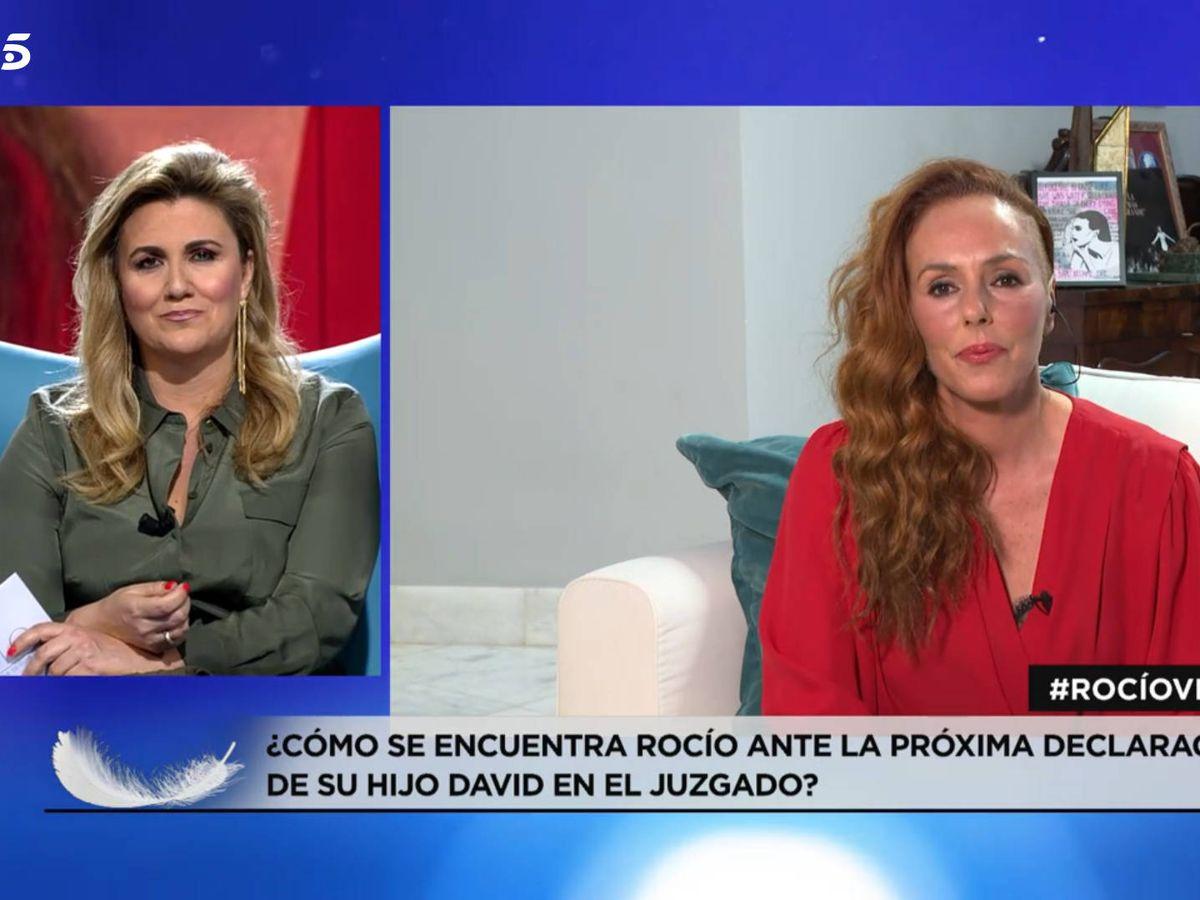Foto: Carlota Corredera y Rocío Carrasco, en Telecinco. (Mediaset)